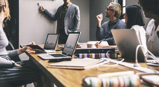 Mudanças-comerciais-podem-ajudar-você-a-tirar-suas-ideias-do-papel