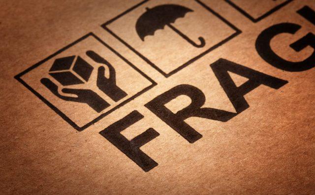 Mudanças residenciais: como transportar objetos frágeis
