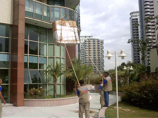 Transporte de mudanças: como realizar o deslocamento de objetos pesados