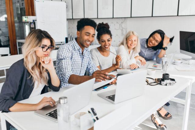 envolva-seus-colaboradores-aprenda-a-delegar-e-tenha-sucesso-em-sua-mudanca-corporativa